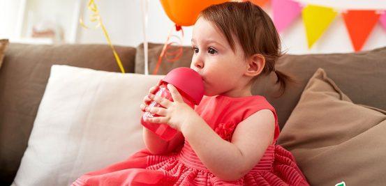 Com que idade crianças podem tomar refrigerantes? E em qual quantidade?