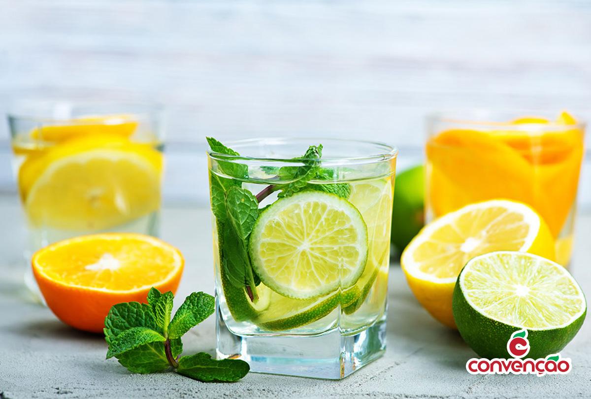Drinks refrescantes para curtir o Verão