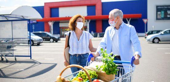 Aprenda como higienizar as compras de mercado e como armazená-las adequadamente