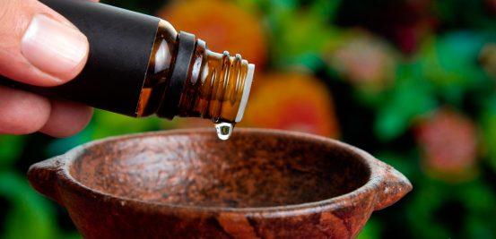 Listamos alguns óleos essenciais para você ter em casa
